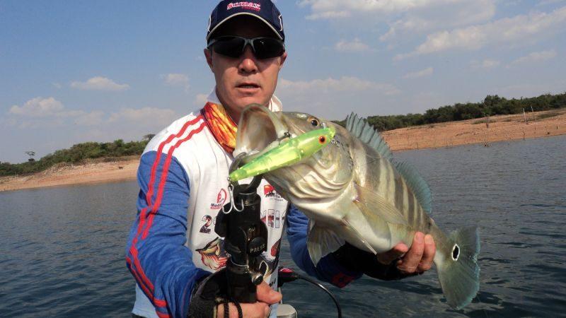 Pescaria lago furnas Itumbiara
