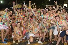 275278930_Carnaval2.jpg.9e65259977544d46f83e65d33dbd34e9.jpg