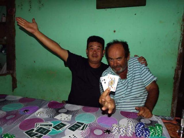 1577241990_pokerangelomario.jpg.93ac4f0bf594a1313b8c13321ea30771.jpg